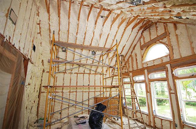 isolation thermique plafond ecologique devis artisan gratuit gard entreprise jyrndq. Black Bedroom Furniture Sets. Home Design Ideas