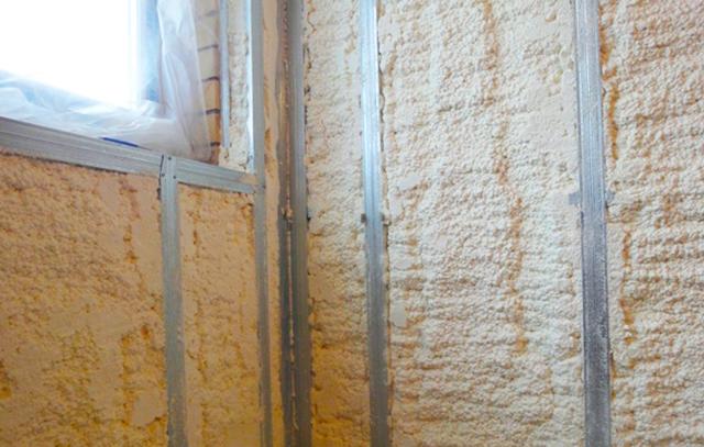 Утепление балкона в квартиры напылением ППУ